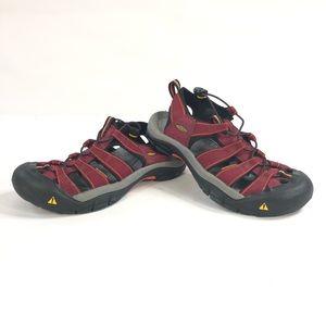 Keen sandals women size 9 red